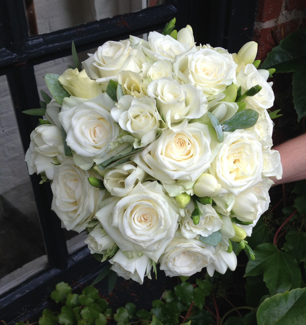 White Wedding Bouquets Online : Mulberries the florist